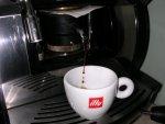 illy espresso sötét pörkölésű pod csapolás