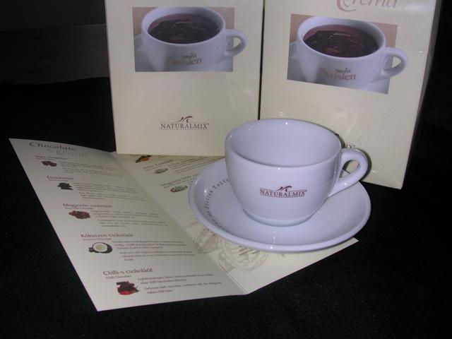 Parisien forró csokoládé csésze