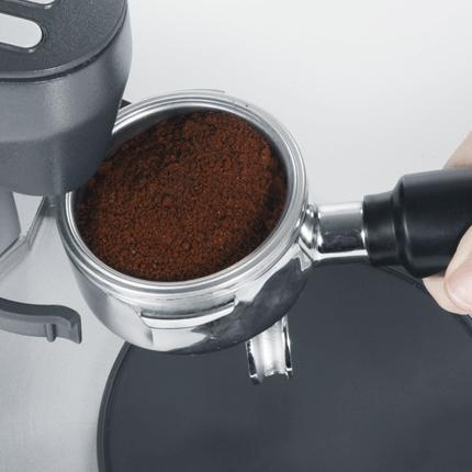 graef CM 90 kávédaráló bemutató őrlemény