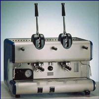 modern karos gép napjainból
