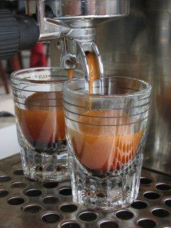 rancilio silvia kávéfőzés közben