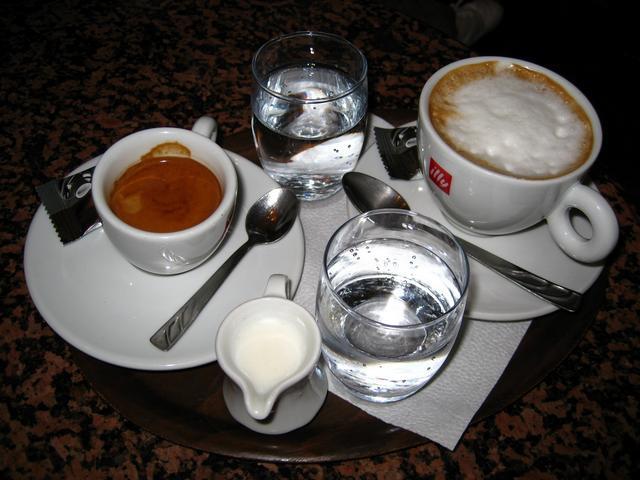 dömötöri cukrászda és kávézó sopron kávé és kapucsínó