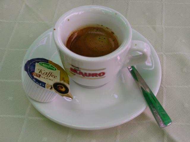 külvárosi kávéház eszpresszó