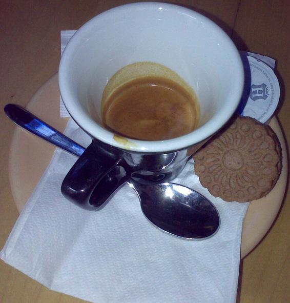 farger kávézó teszt risztrettó