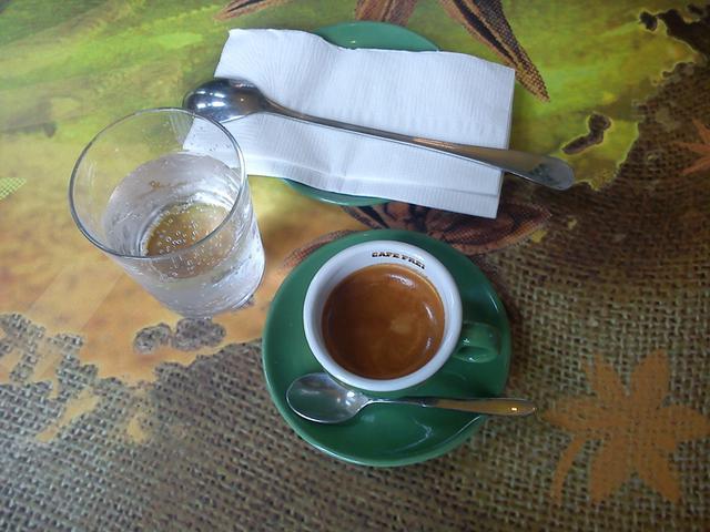cafe frei bibliotheca kecskemét eszpresszó