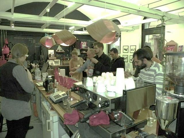 cupping a printa kávézóban kóstolók