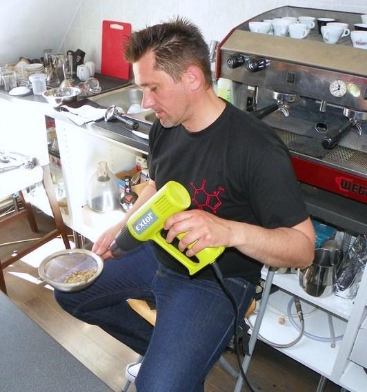 barista tanfolyam a kávé házában pörkölés