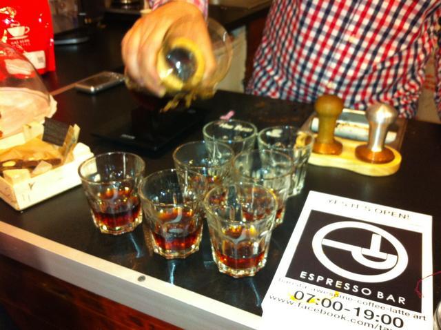 tamp & pull kávékorzó workshop szétöntés