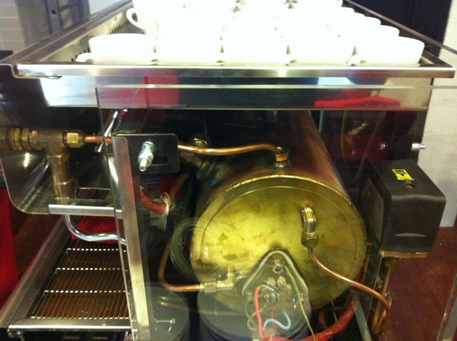 tamp & pull eszpresszó bár kávégép