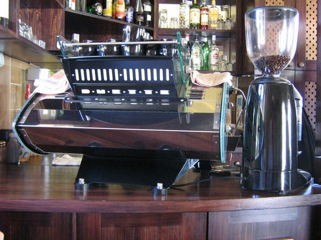 bodoky kávéműhely kávézó kávégép és őrlő