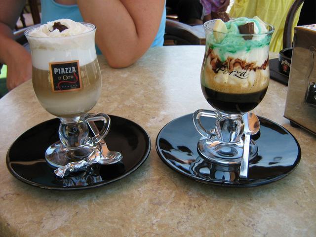 bodoky kávézó gyula ír kávé és szöcske kávé