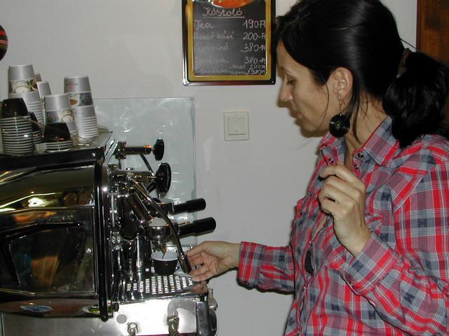 gourmandia kávézó tulajdonos
