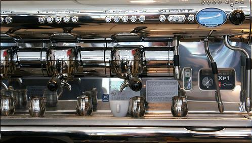 illy kávézó la cimbali kávégép