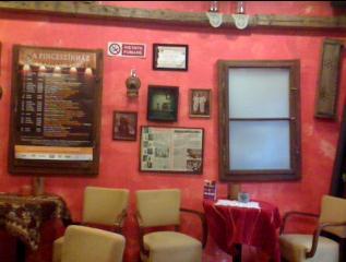 kávészübet kávézó belsőtér