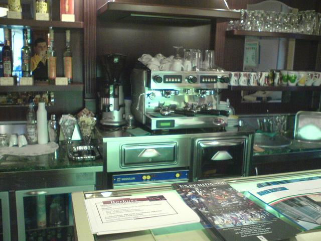 manuel kávézó tokaj kávégép