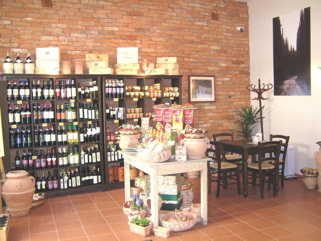 Toscana Gusto kávézó és delicatesse bolt