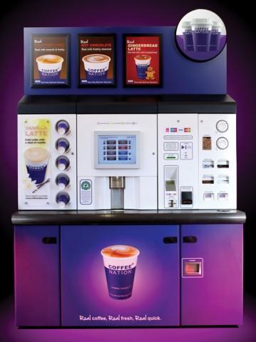 """""""Tecnológia és Innováció"""" kategóriában győztes Coffee Nation vállalat futurisztikus kávéautomatája"""
