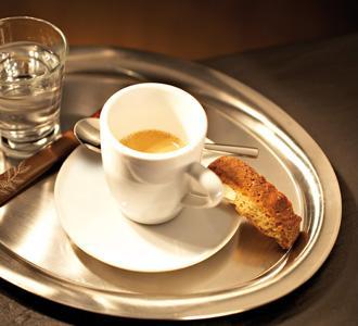 a kávé csökkenti az agydaganat kockázatát