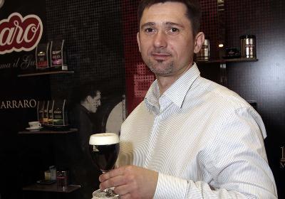 Tóth Sándor Zsindelyes kávékülönlegességével