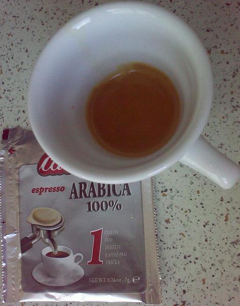 carraro 100% arabica pod teszt krém