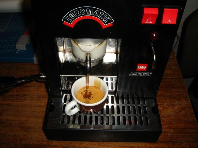 lucaffe messico kávé pod kávépárna csapolás