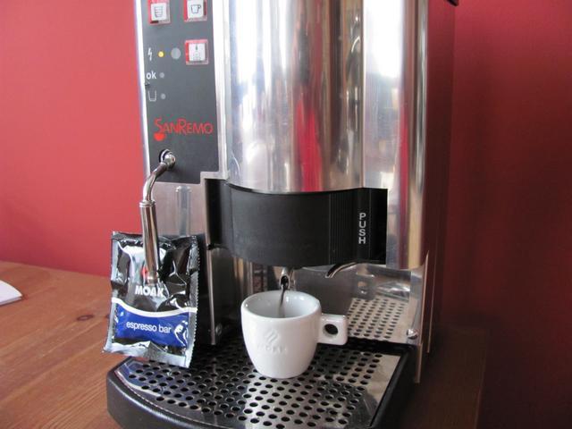 moak espresso bar podos kávé teszt csapolás