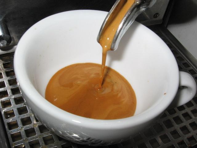 dock peller extra kávé csapolás
