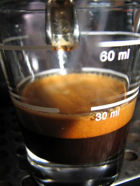 kapucziner kávémanufaktúra espresso italiano shot
