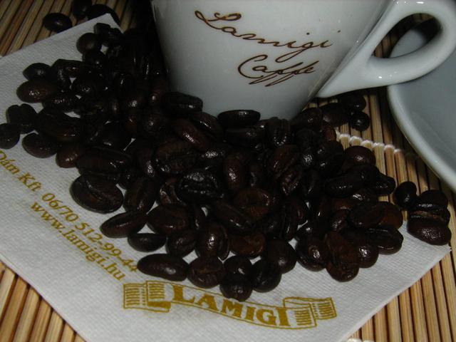 lamigi arany szemes kávé teszt kávébabok