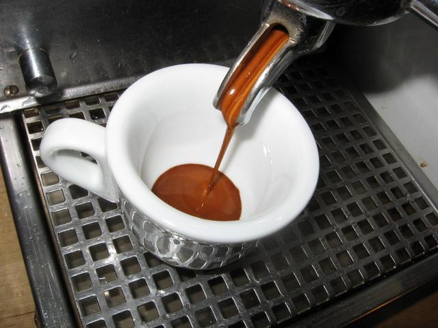xxx caffé szemeskávé teszt csapolás