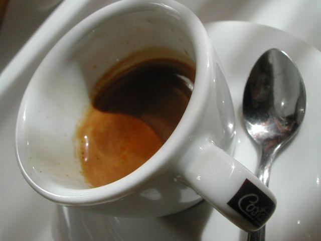 caffe' costadoro szemeskávé teszt eszpresszó