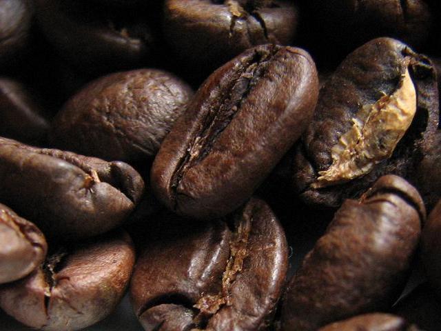 kapucziner kávémanufaktúra specialitás kávébabok közeli