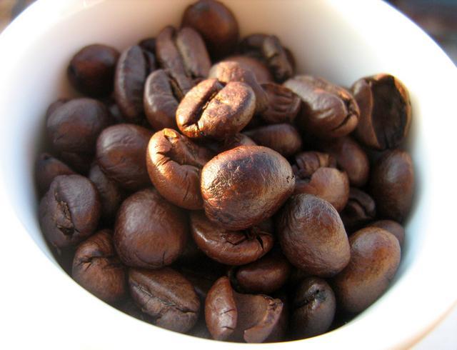 lazzarin espresso light szemeskávé kávébabok