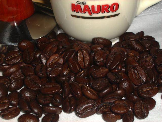 mauro centopercento szemeskávé kávébabok
