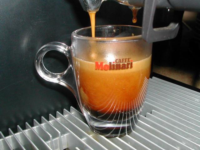 molinari oro kávé csapolás