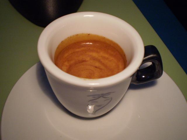 varesina platta kávé krém